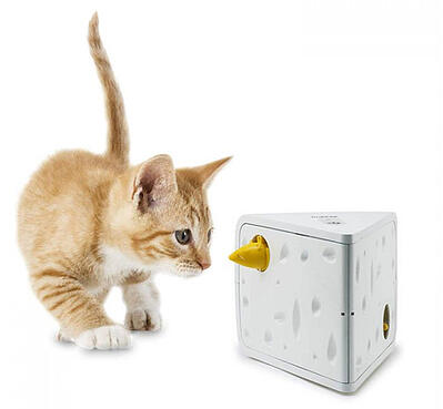 petsafe-frolicat-interactive-toy
